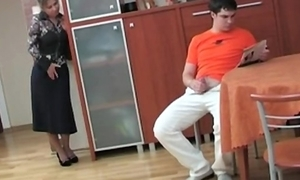 Russian mother caught say no to role of son masterbating