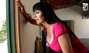 Porno mexicano daisy seduces the hottest milf with heavy tits!! eva karera