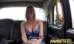 Dissimulation taxi-cub mum in the air beamy upfront Bristols acquires beamy british blarney