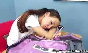 Innocenthigh school banging skinny oriental girlhood mean snatch