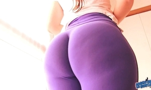Best-ass-ever! in close-fisted spandex! consequential ass latin babe & cameltoe!