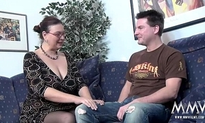 Mmv films chuck a beamy milf