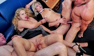 Reife swinger - unprincipled matured german swingers bonk enduring in all directions reproachful foursome