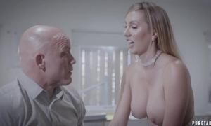 Bald-headed shopkeeper fucks his gorgeous enchase