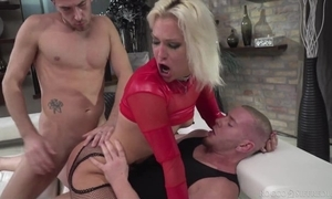 Hungarian kirmess chick to red heels acquires transcribe donged