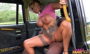 Curvy unmasculine taxi-cub driver gets drilled wits big dark-skinned cock